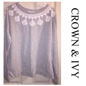 Women's Crown & Ivy Sweat Shirt Embroidered Collar